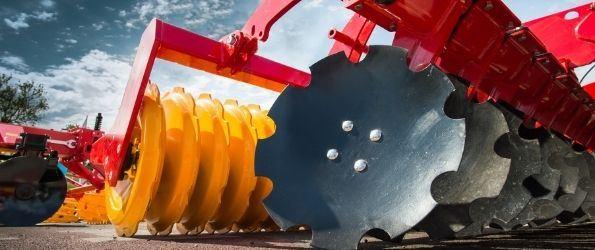 Jaki olej silnikowy do maszyn rolniczych wybrać?